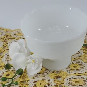 MILK GLASS VINTAGE CANDY DISH